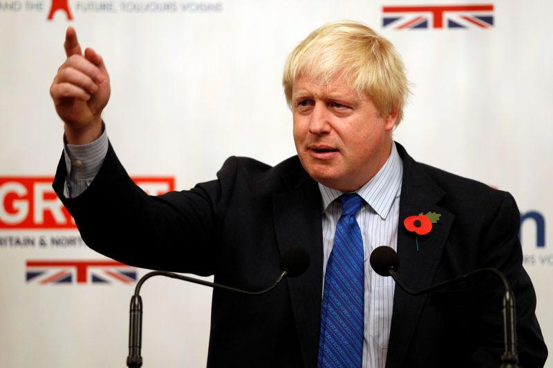 """约翰逊在首相竞选中一骑绝尘,欧盟的对策是""""不准备重谈脱欧协议"""""""