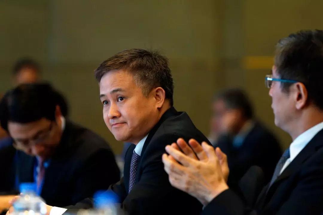 外汇局长潘功胜:推动外汇均衡管理 服务全面开放新格局