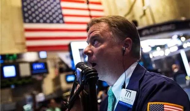 美联储三把手力挺美元,美股暴跌道指狂泻800点