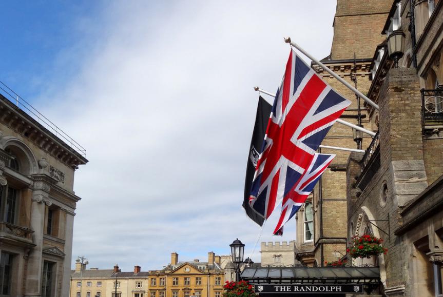 近期英国退欧的进展会导致闪电崩盘吗?