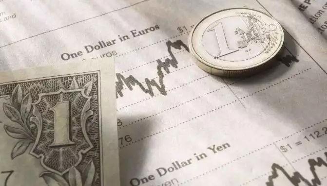 外汇市场都有哪些人炒外汇,赚钱吗?