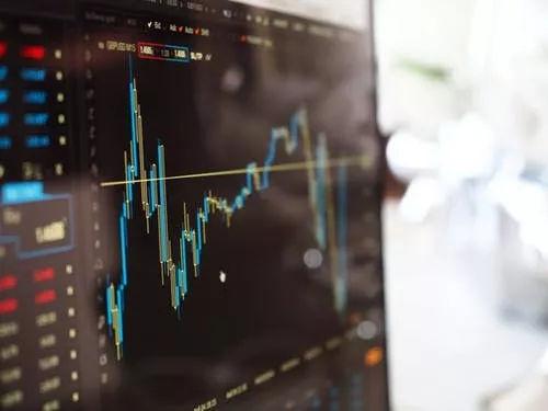 外汇套息交易汇率决定理论之利率平价理论