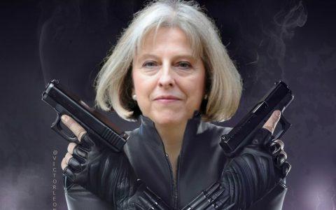 """脱欧乱局引发选民愤怒 英国两大政党在地方选举中""""两败俱伤"""""""