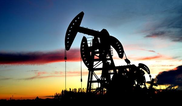 原油价格走势分化 国际贸易问题走向将左右油价