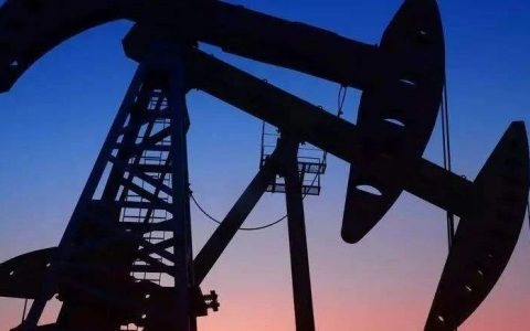 未来油价走势预测,可能跌至10美元/桶?